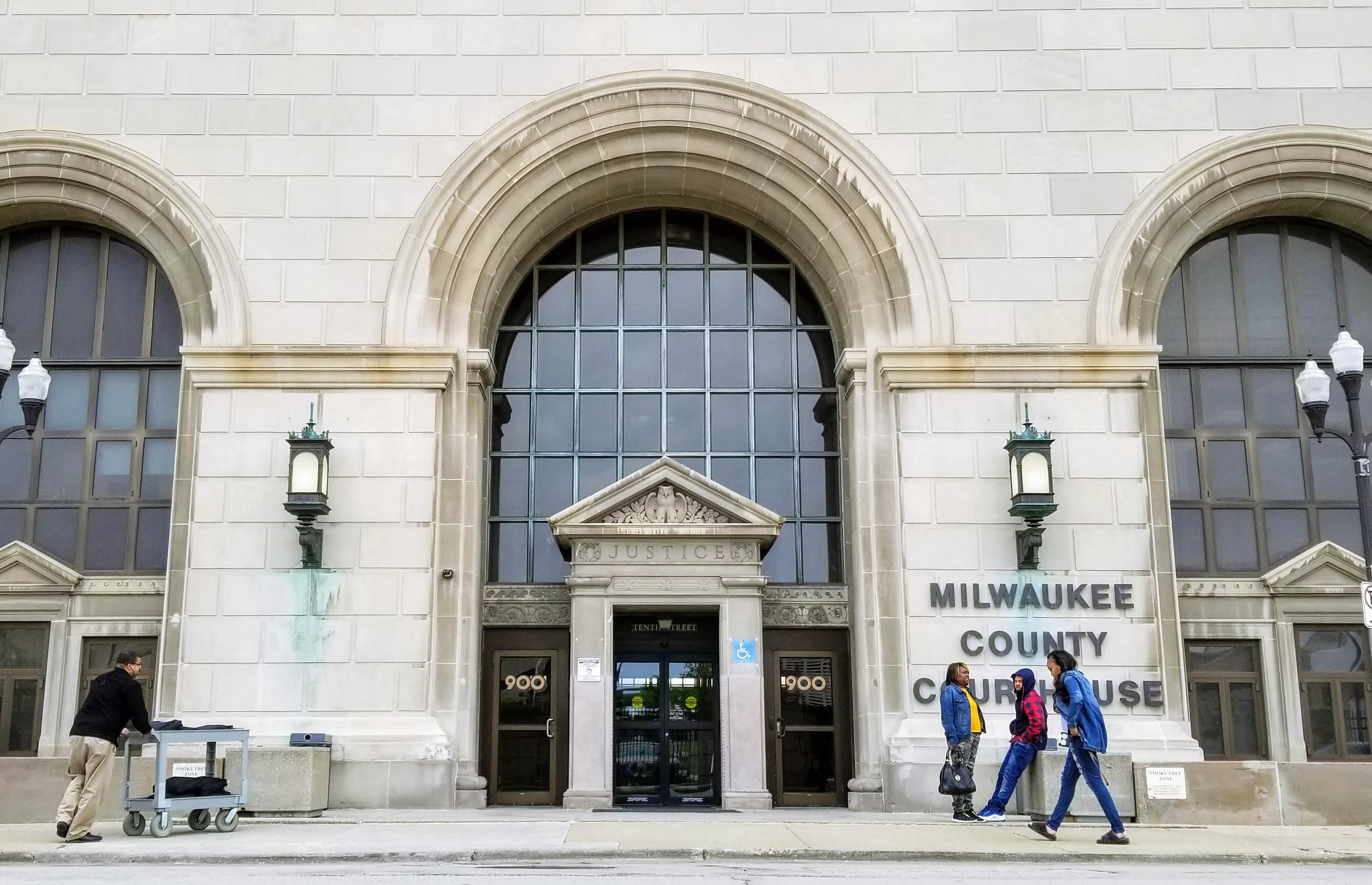 Milwaukee County Courthouse