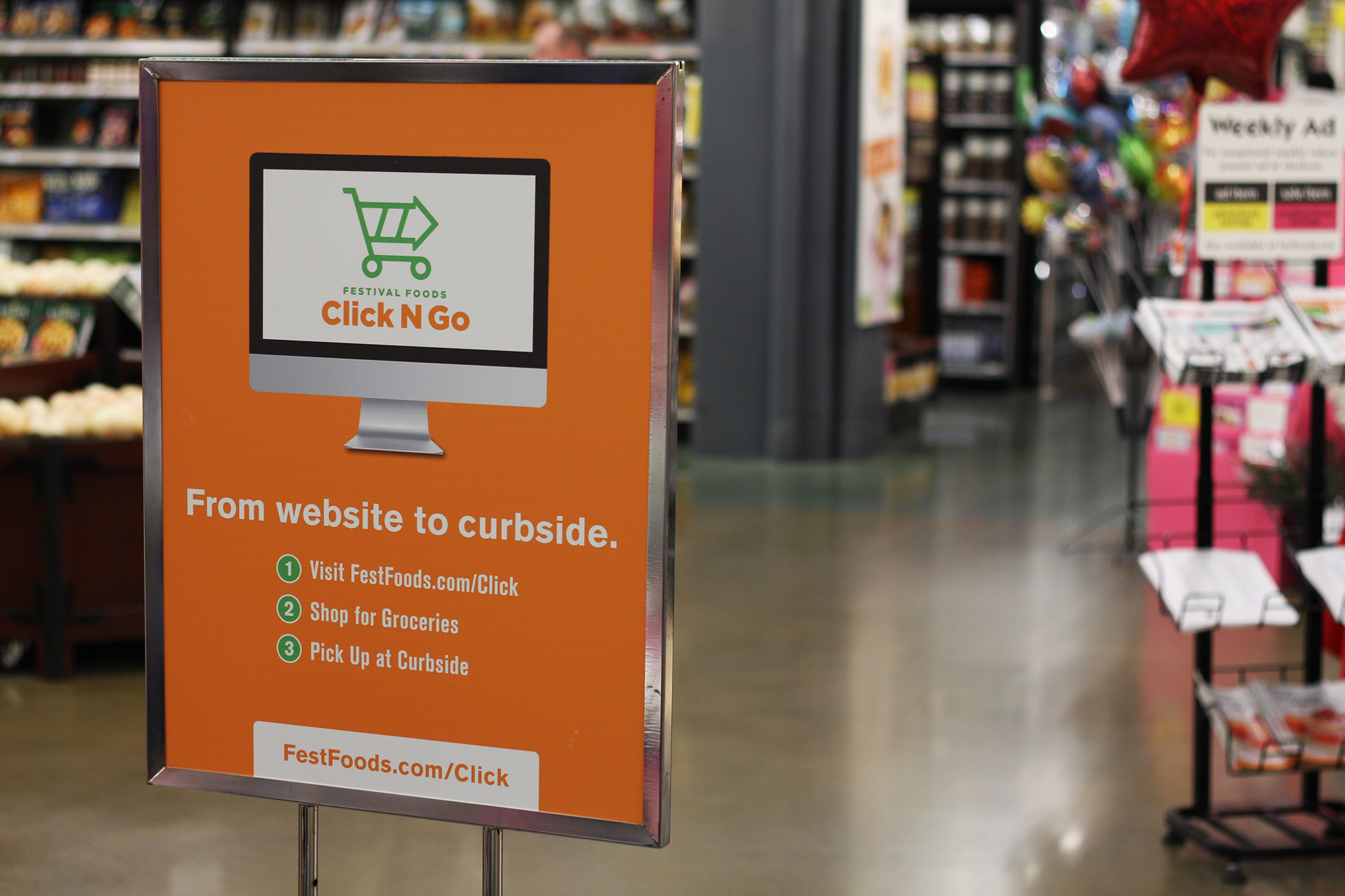 click and collect sign at Festival Foods