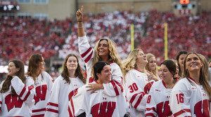 Read full article: Badgers hockey: Reigning champs prepare for first home games with fans since February 2020