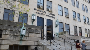 Read full article: Milwaukee County Sheriff's Office No Longer Working With ICE