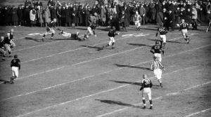 Read full article: Packers Vs. Bears: Long-Running Rivalry Kicks Off The NFL's 100th Season