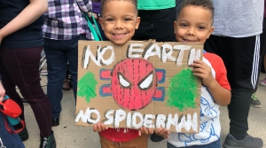 Brothers Finn and Oliver at the climate strike