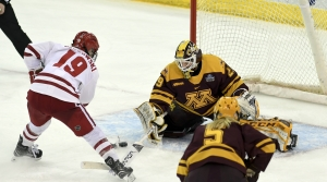 Read full article: No. 1 Wisconsin Faces No. 2 Minnesota In Women's Hockey This Weekend