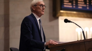 Read full article: Gov. Tony Evers Relaxes Rules To Boost Health Care Workforce During Coronavirus Pandemic
