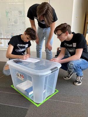 Three Mauston seniors make calculations