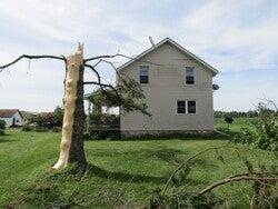 Tornado damage in Knowlton