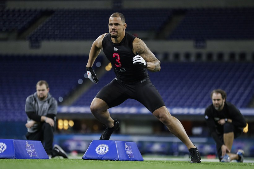 Wisconsin linebacker Zack Baun runs a drill at the NFL football scouting combine