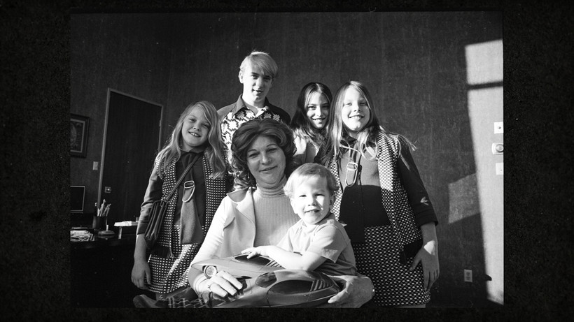 Elizabeth Carmichael with her family (photo courtesy HBO)