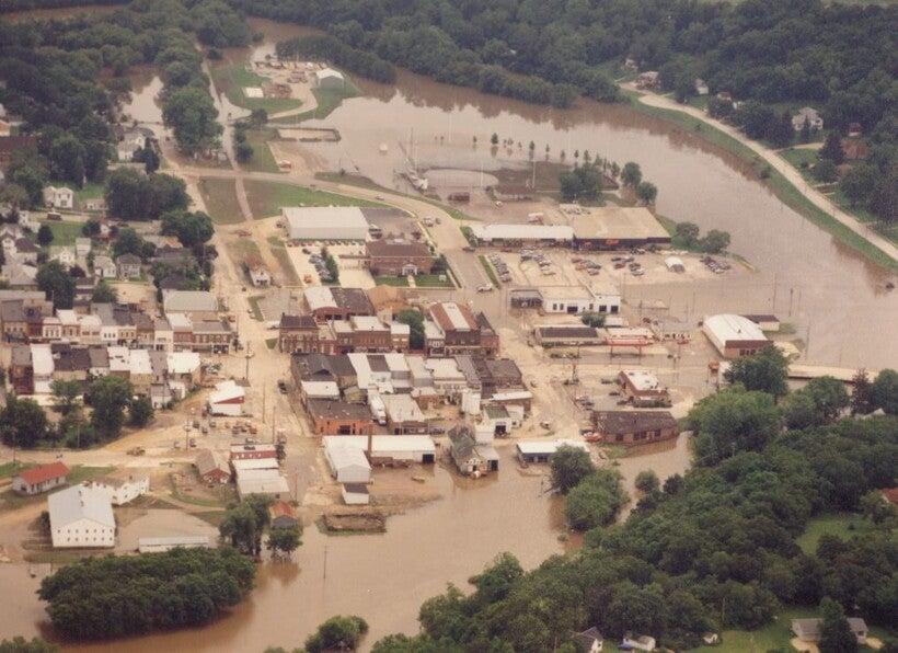 Pecatonica River floods Darlington