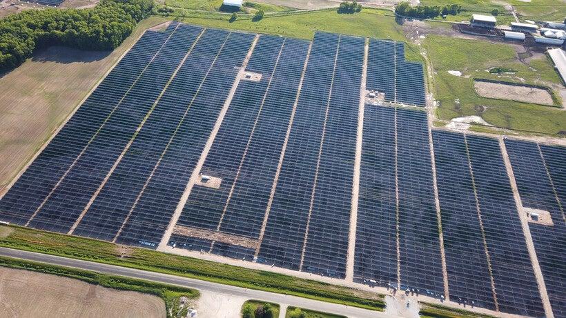 Two Creeks Solar Farm Construction